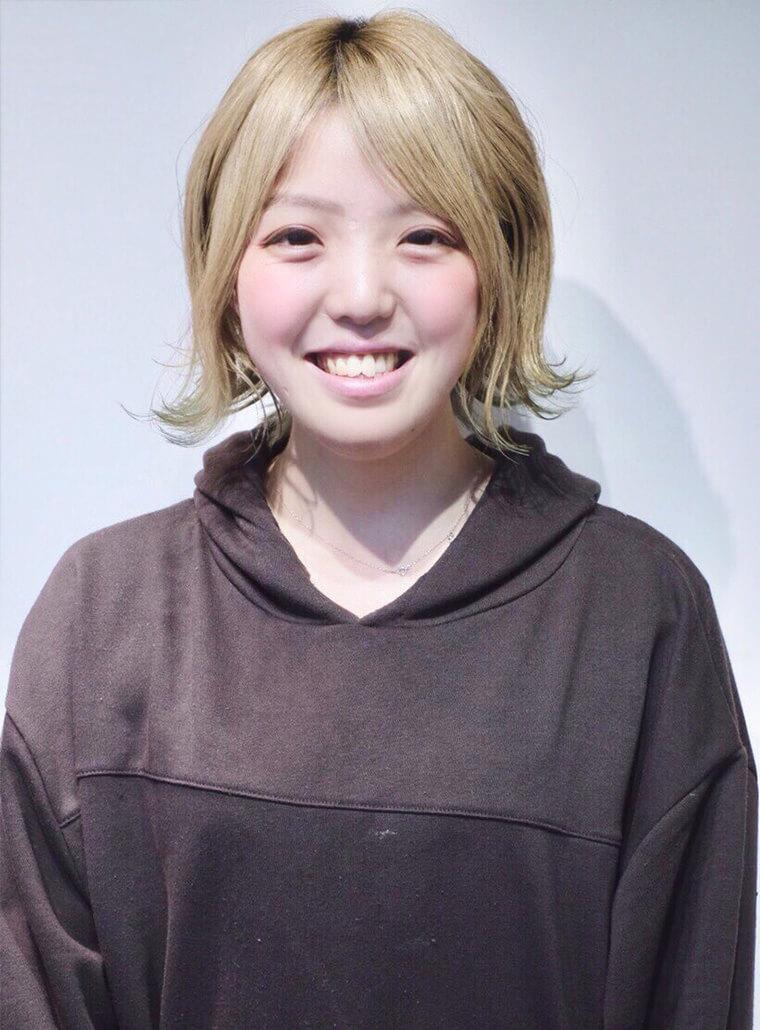 平野 麻衣